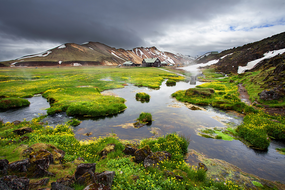 Photo of Iceland countryside.