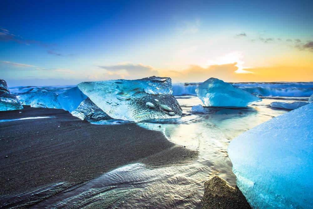 Diamond Beach 5 Days in Iceland