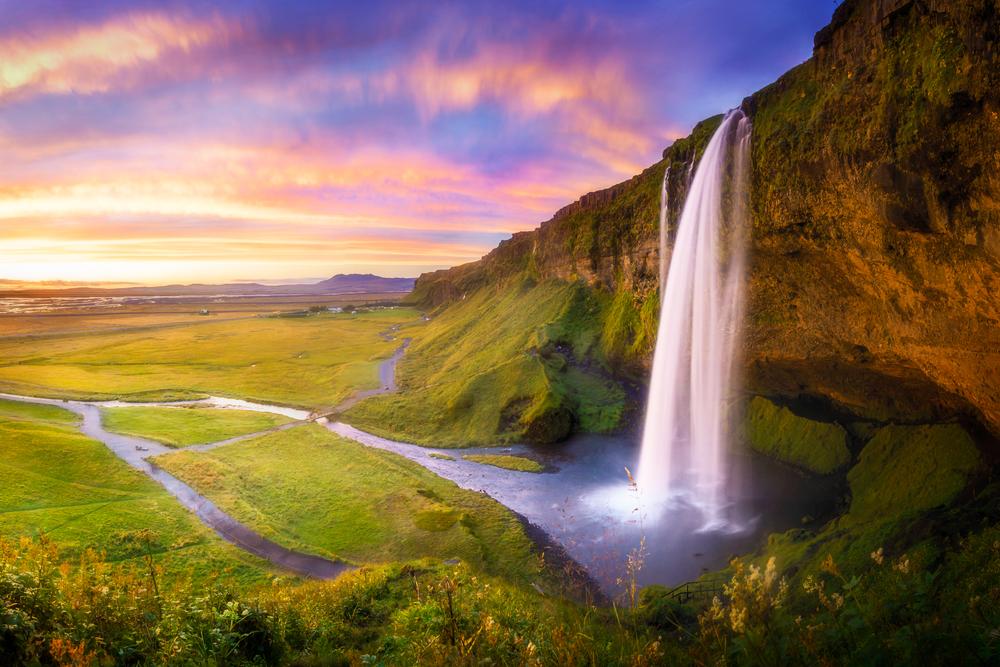 5 Days in Iceland Seljalandsfoss Waterfall