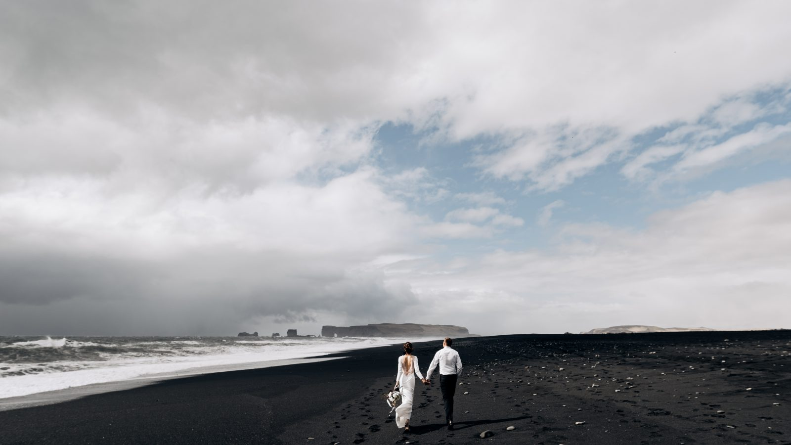 iceland wedding couple on black sand beach