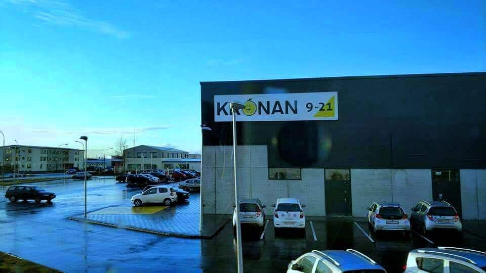 Kronan grocery store in iceland on a sunny day
