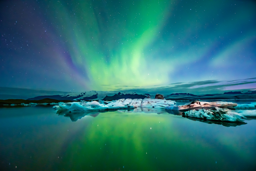 northern lights at glacial lagoon in iceland on a 3 day Iceland tour