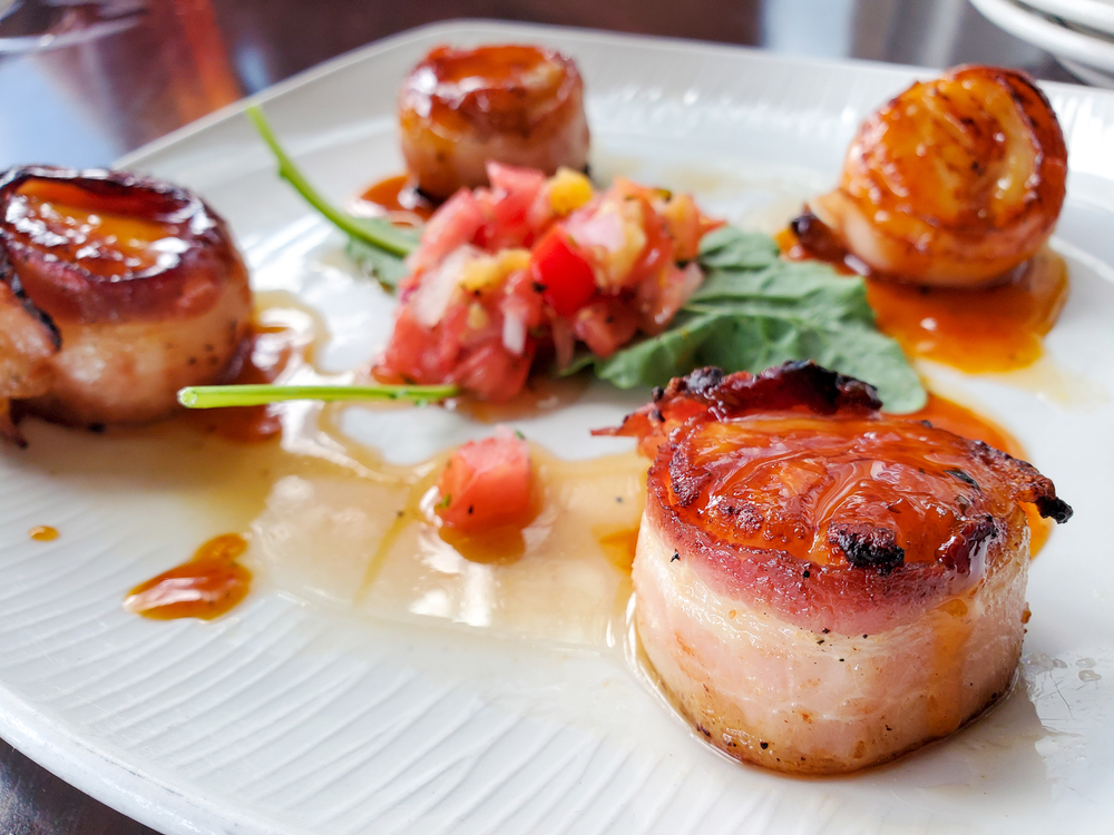 bacon wrapped scallops like you can order at Tapas Barinn in Reykjavik